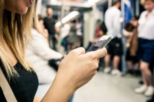 Four tips for protecting privacy in the smart phone age